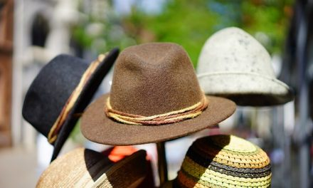 Kupujemy modny kapelusz